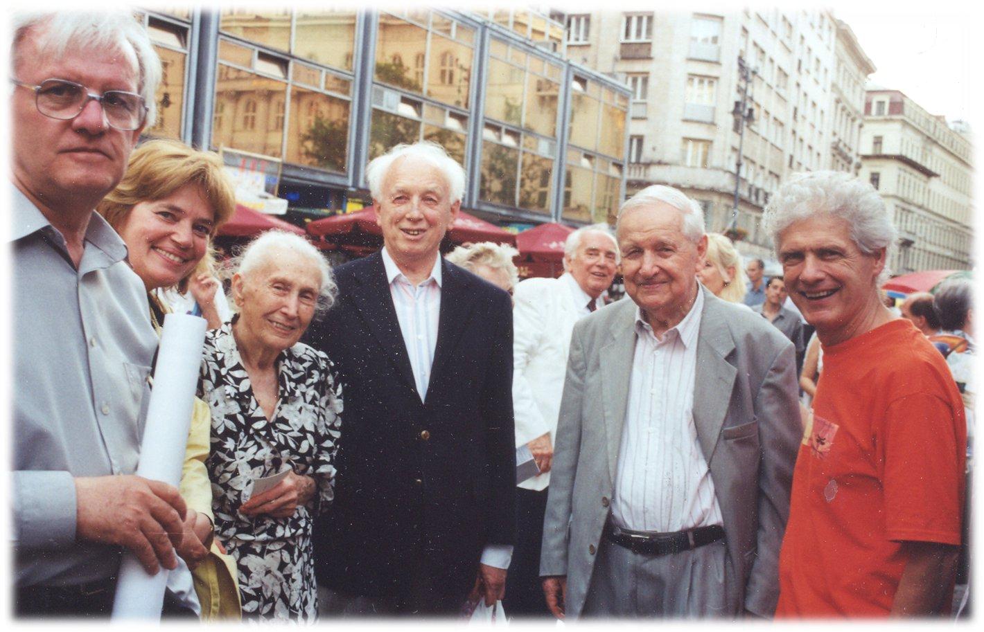 Püski Kiadó - Püski Sándor, Püski Sádorné, Püski István Mádl Ferenccel a 2001.